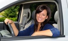 Araba Kullanırken Cam Açmak