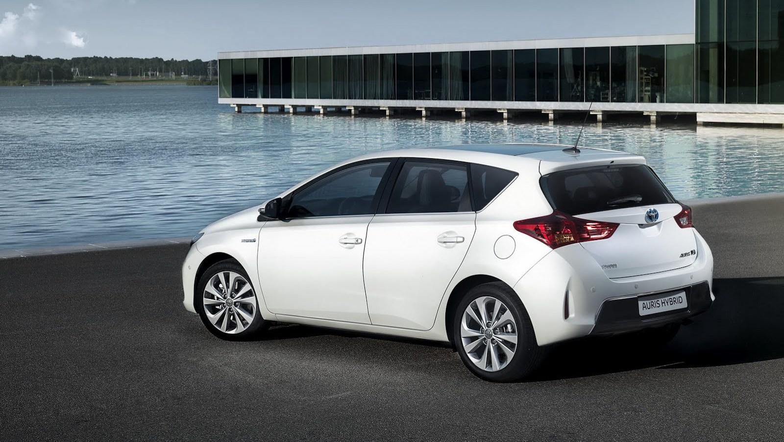 Toyota Auris Fiyat Listesi 2014