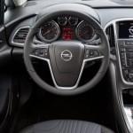 Opel Astra İç Görünüm